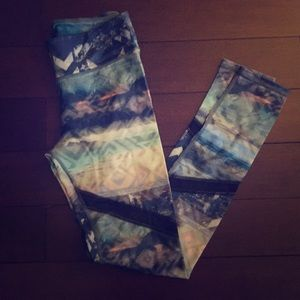 American eagle printed hi-rise leggings